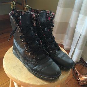 Dr Marten Boots